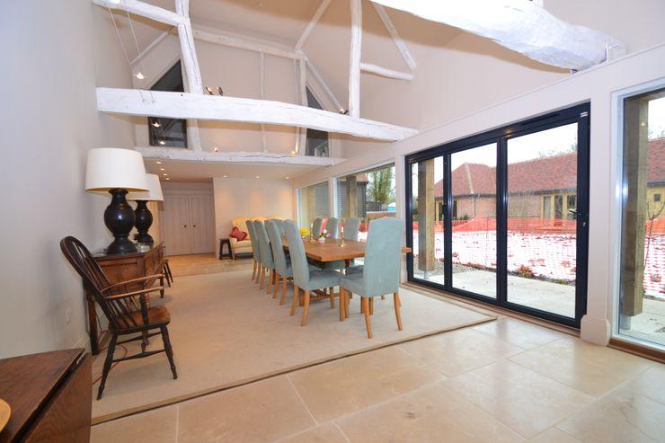 Rushmore Farm, Upton Studio Four Architects Classic style dining room