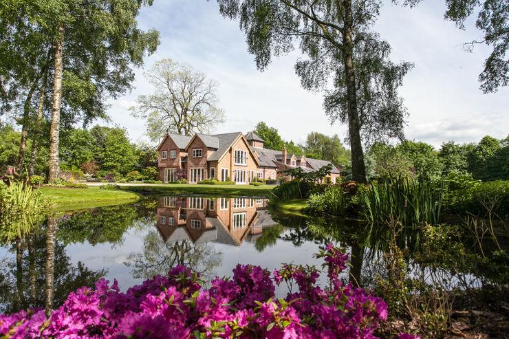 Lakeside Garden, Cheshire Barnes Walker Ltd