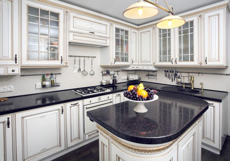 Ivory Studio Classic style kitchen