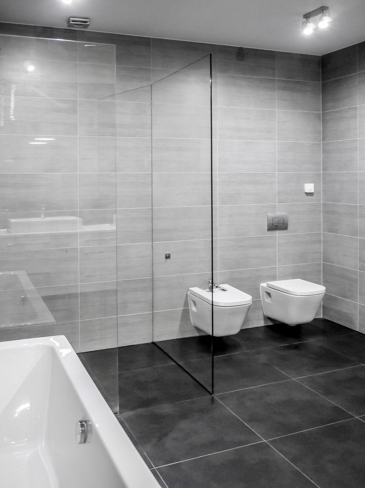 Łazienka, dom jednorodzinny, Słubice Sałata-Pracownia Architektury Wnętrz Nowoczesna łazienka