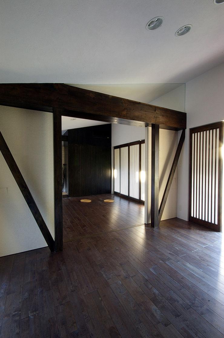 一級建築士事務所アールタイプ Modern style bedroom