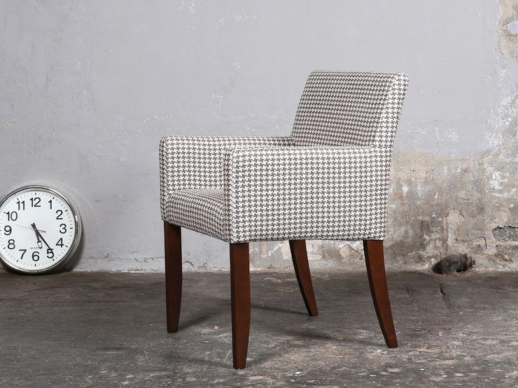 Blue Wall. Stuhl Mouzon-Style Blue Wall Design GmbH EsszimmerStühle und Bänke