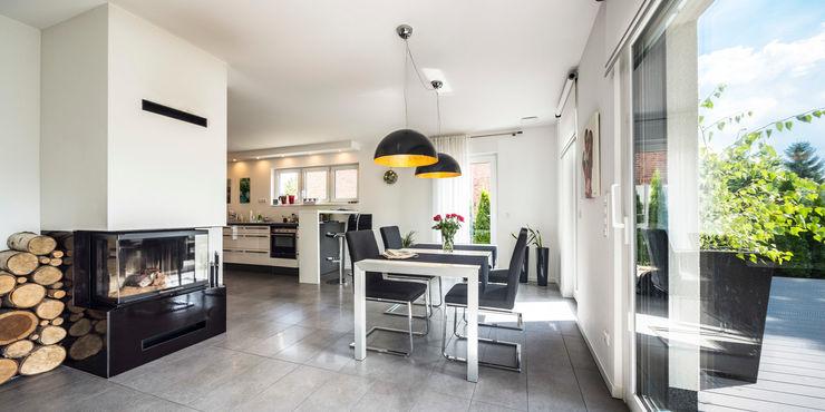 Bertram Bölkow Fotodesign Modern dining room