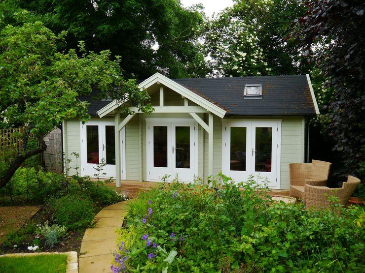Emily Garden Cabin with canopy Garden Affairs Ltd สวน