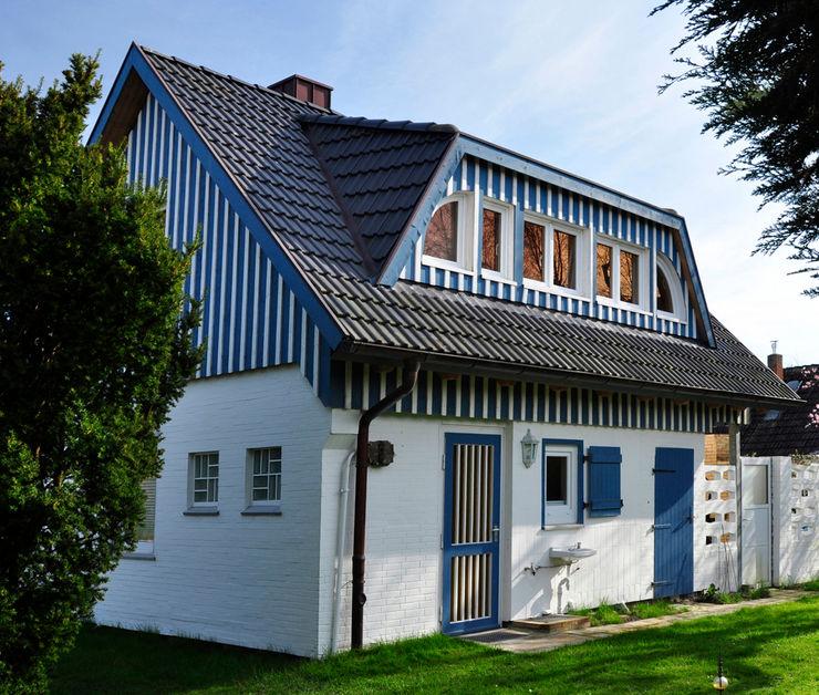 Ansicht mit neuer Gaube. Andreßen Architekten Skandinavische Häuser