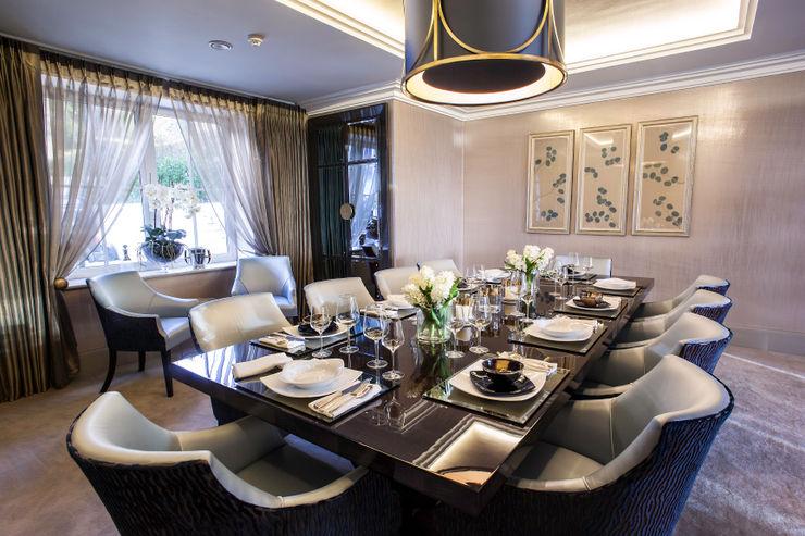 Luxurious family living homify Ruang Makan Modern