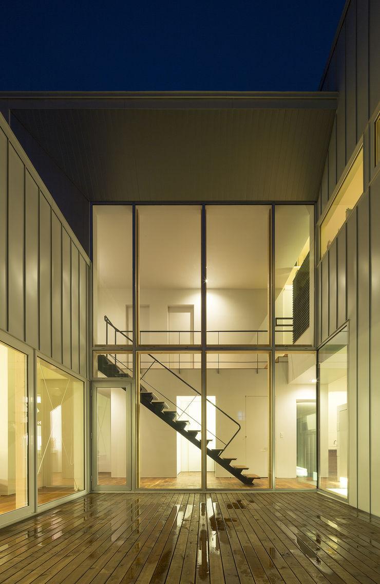 コート(中庭)-1 一級建築士事務所 Atelier Casa モダンな 家