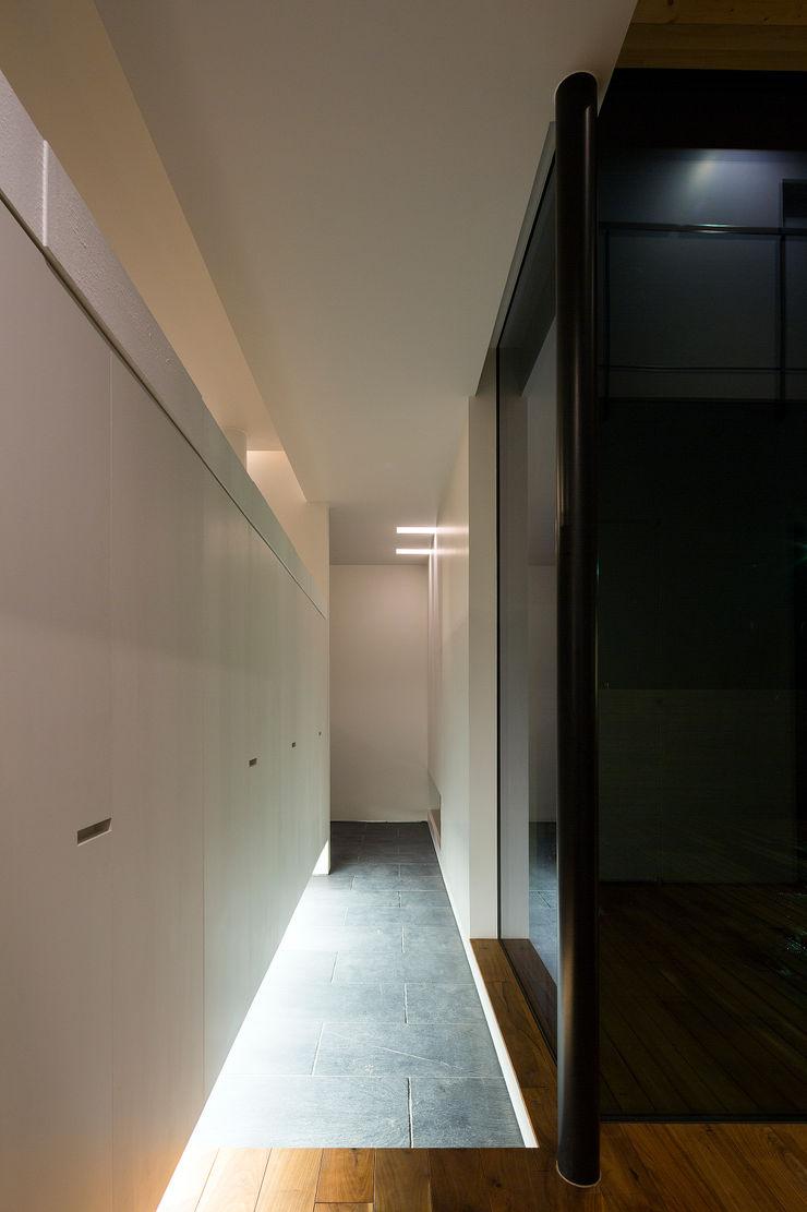 玄関ホール 一級建築士事務所 Atelier Casa モダンスタイルの 玄関&廊下&階段