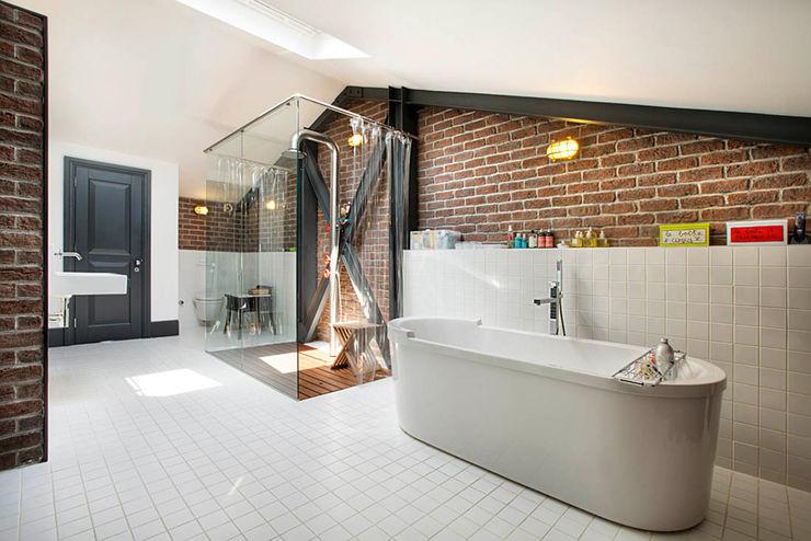 Udesign Architecture Baños de estilo industrial