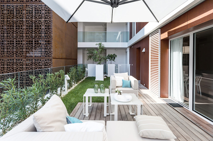 Summer residence - Interior design for the apartments on Cote d'Azur NG-STUDIO Interior Design Modern Terrace