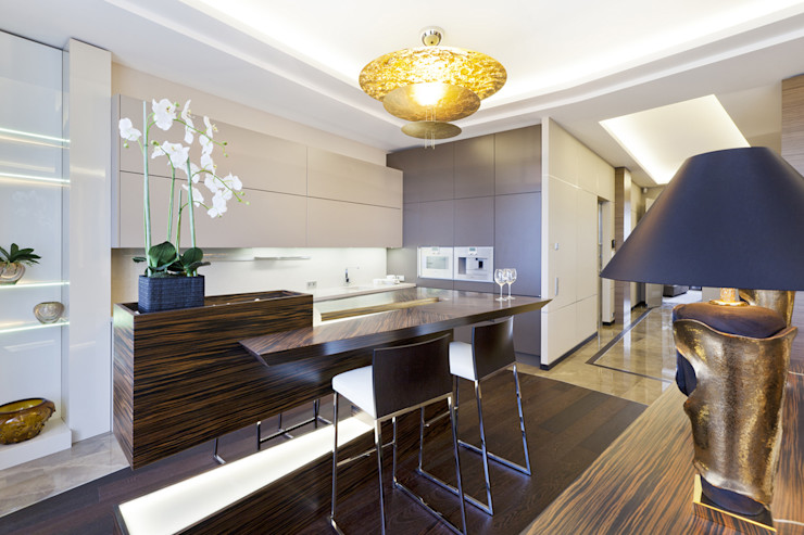 Bright detail of the interior of a residence in Saint Petersburg NG-STUDIO Interior Design Dapur Modern