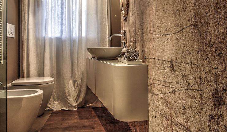 cristina zanni designer Modern bathroom