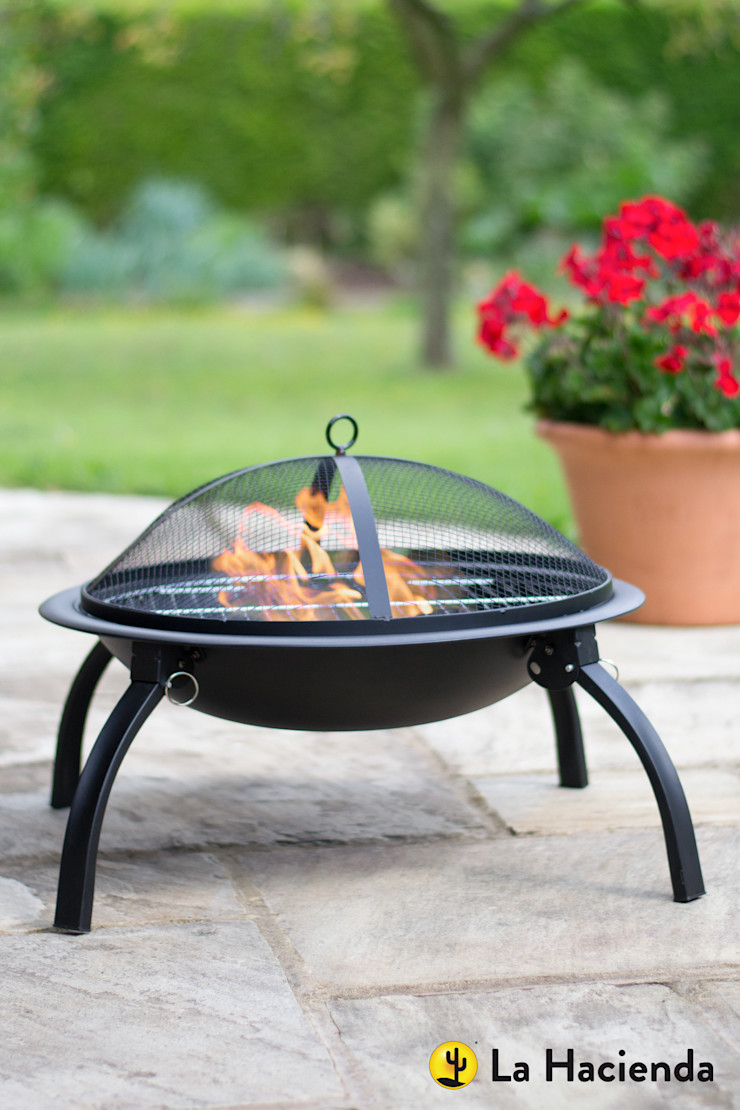 Camping fire pit with grill, folding legs and bag La Hacienda Garden Fire pits & barbecues