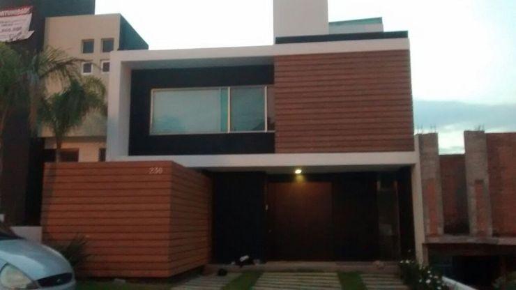 Grupo Boes Minimalist house