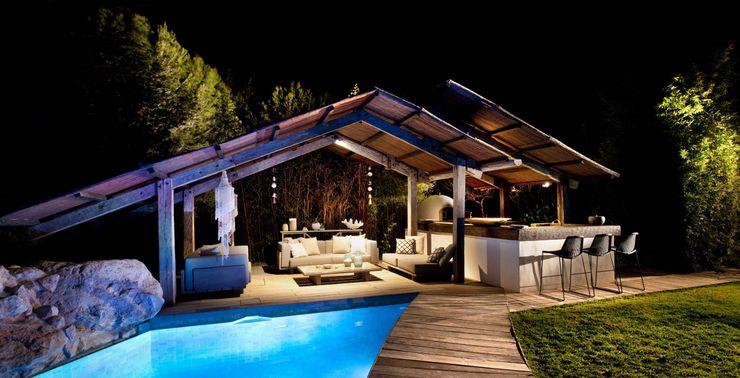 Pool House at Night TG Studio Garden Pool