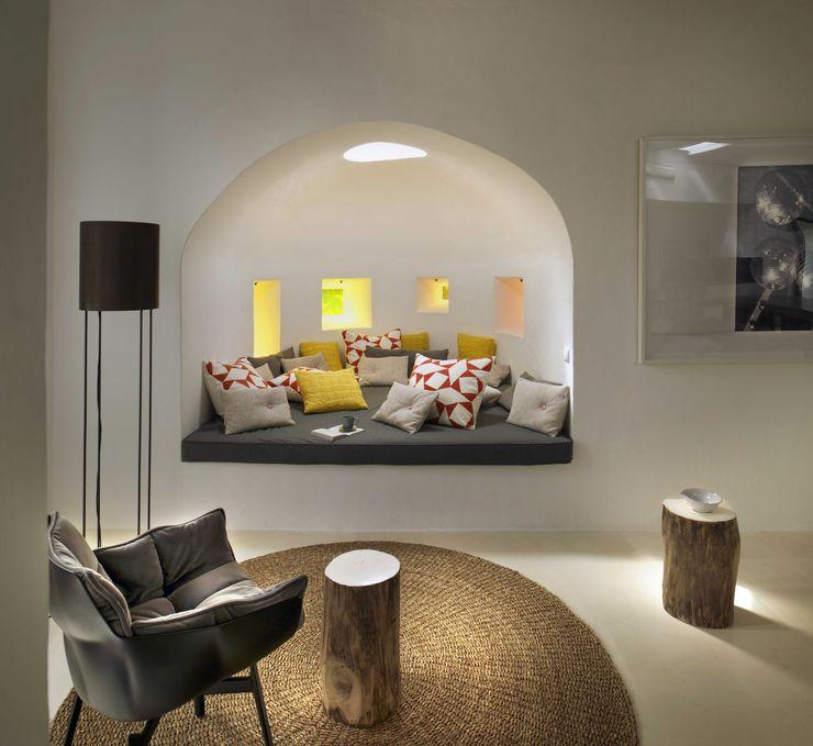 Ibiza House TG Studio Mediterranean style living room