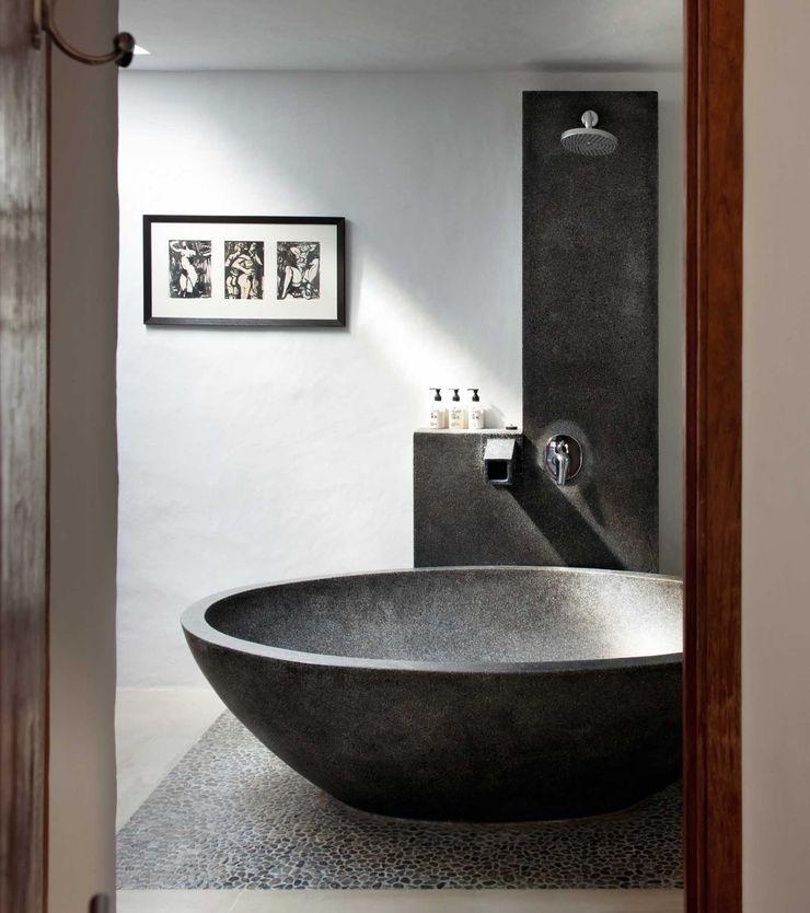 En-Suite TG Studio Mediterranean style bedroom
