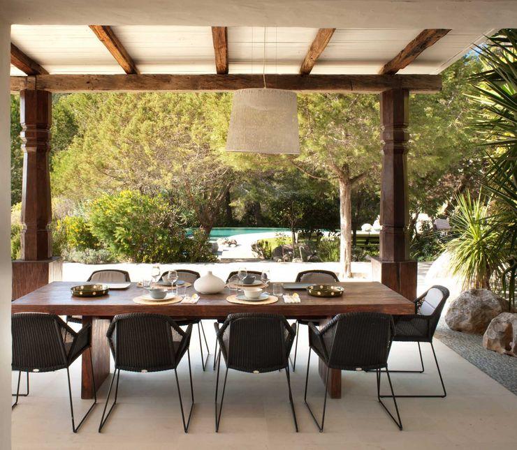 Terrace TG Studio Mediterranean style balcony, veranda & terrace