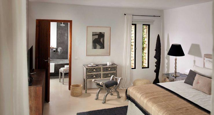 Bedroom TG Studio Mediterranean style bedroom