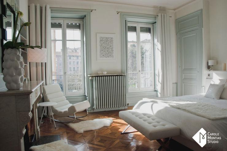 Look Total White Carole Montias-Studio Chambre classique