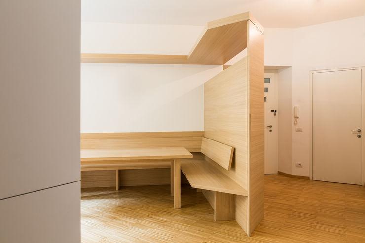 House FK Manuel Benedikter Architekt Sala da pranzoTavoli
