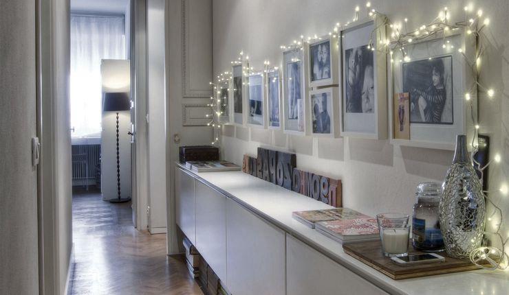Interior a Santarcangelo cristina zanni designer Ingresso, Corridoio & Scale in stile moderno