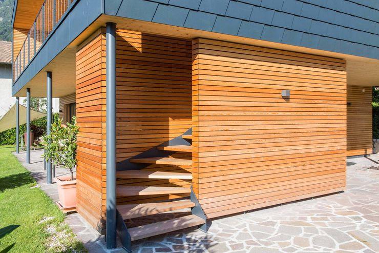 House KaTo Manuel Benedikter Architekt Ingresso, Corridoio & Scale in stile moderno