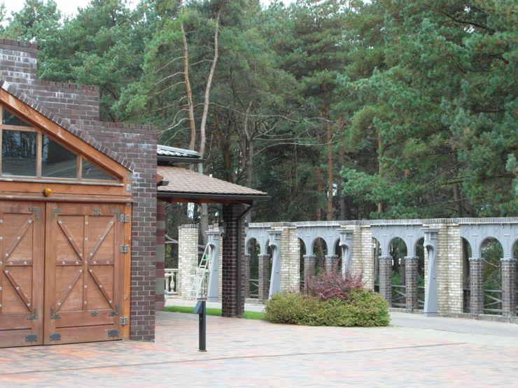Частный дом 2 Архитектор Владимир Калашников Сад в классическом стиле