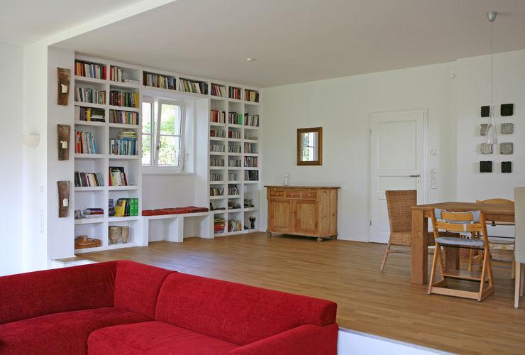 Müllers Büro Salones de estilo clásico