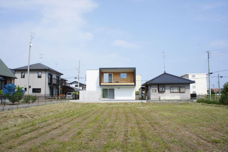 The House for ride the wave. tai_tai STUDIO Дома в эклектичном стиле