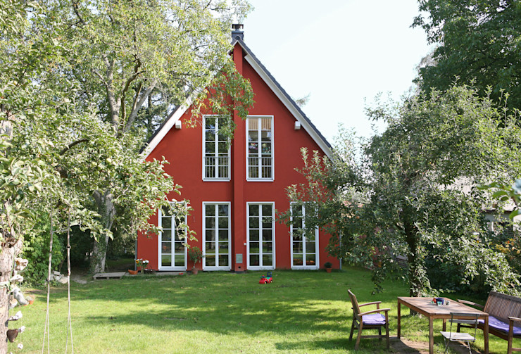 Müllers Büro Casas de estilo clásico