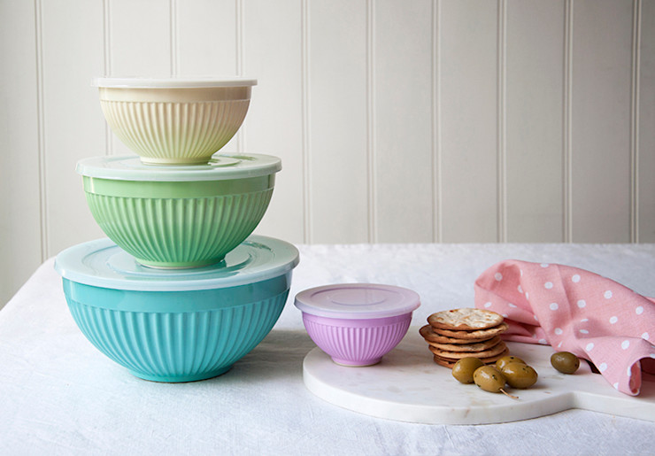 Set Of 4 Ridged Melamine Stacking Bowls With Lids Dotcomgiftshop KitchenStorage