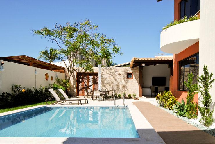 Argollo & Martins | Arquitetos Associados Piscinas de estilo tropical
