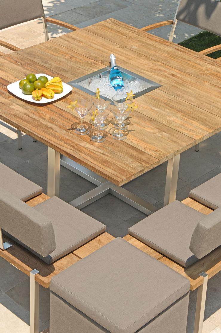 Tisch Quadux mit integriertem Sektkühler ZEBRA GartenMöbel