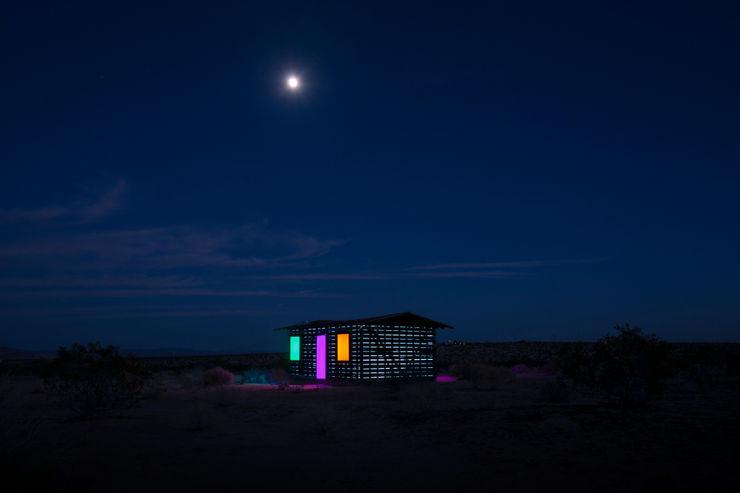 royale projects : contemporary art Rumah Gaya Eklektik