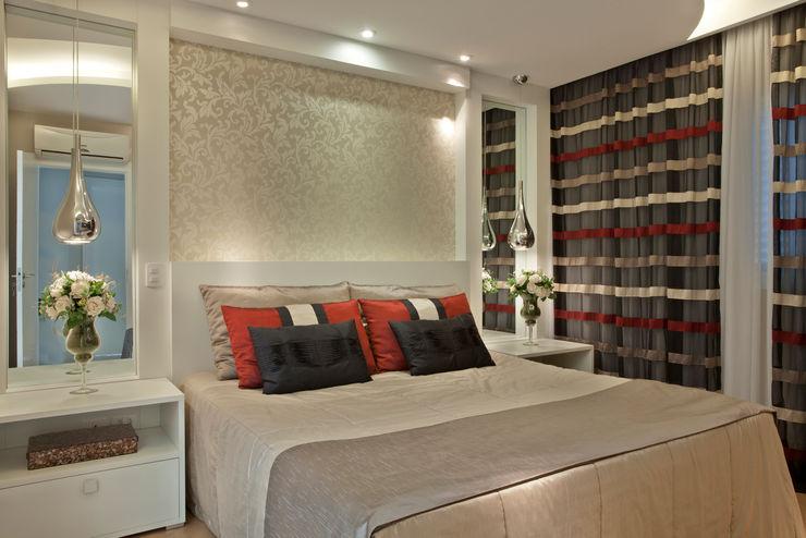 Designer de Interiores e Paisagista Iara Kílaris Dormitorios de estilo moderno