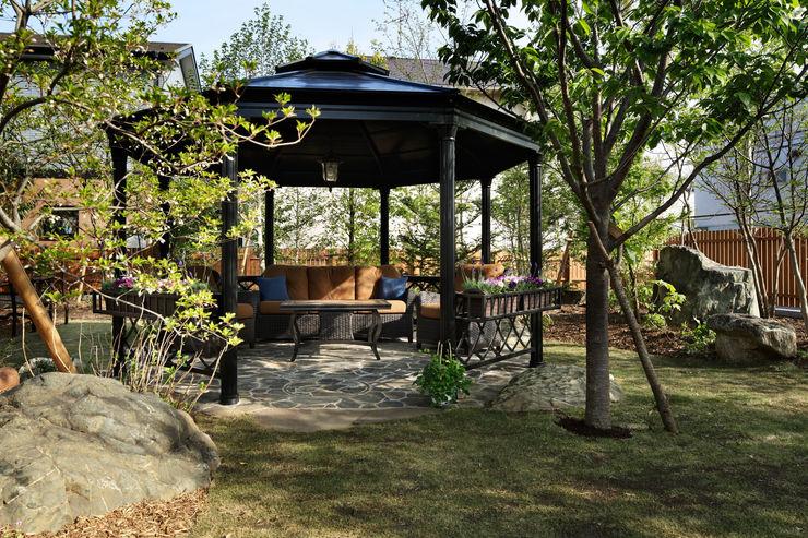 ガゼボのアップ 秦造園 オリジナルな 庭