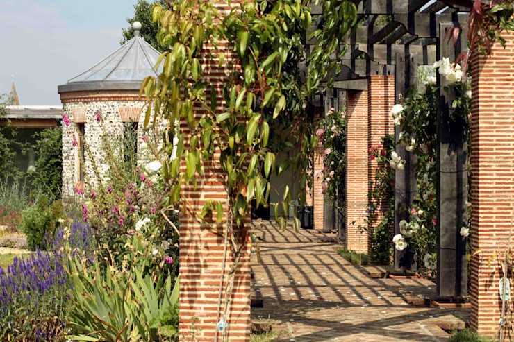 Pergola Giles Jollands Architect Classic style gardens