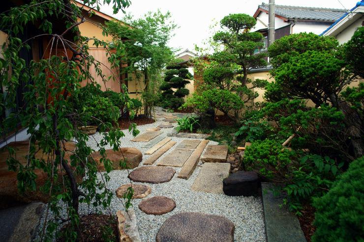 にわいろSTYLE Eklektyczny ogród