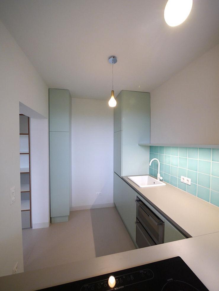 Apartment S van risk Moderne Küchen