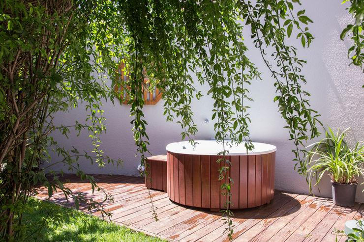 Marcos Contrera Arquitetura & Interiores Tropical style spa