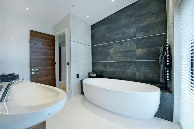 Redwoods, Wimborne, Dorset Jigsaw Interior Architecture Modern bathroom