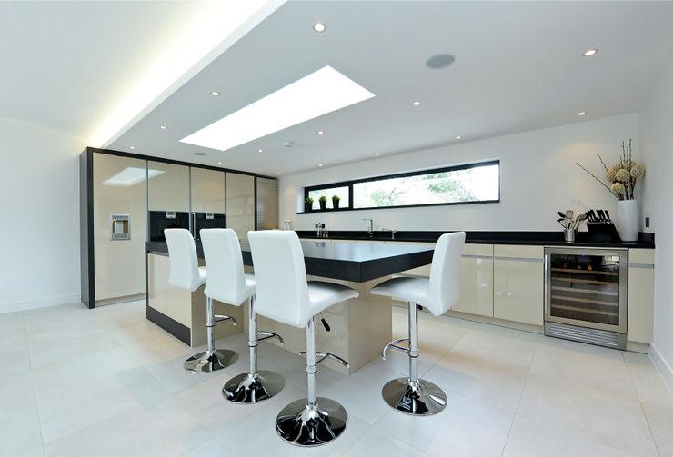 Redwoods, Wimborne, Dorset Jigsaw Interior Architecture Modern kitchen