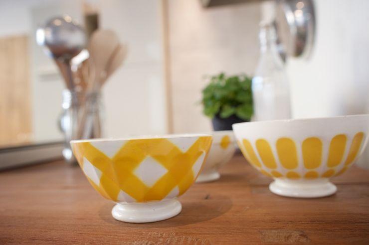 Modularis Progettazione e Arredo CozinhaTalheres, louça e copos