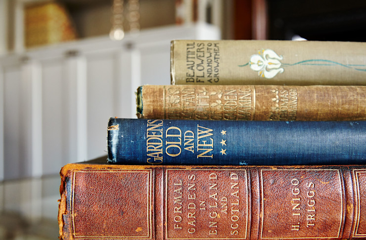 Vintage Books homify SalonesAccesorios y decoración