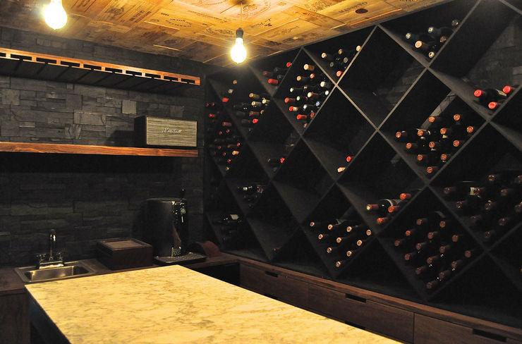 DF ARQUITECTOS Ruang Penyimpanan Wine/Anggur Modern