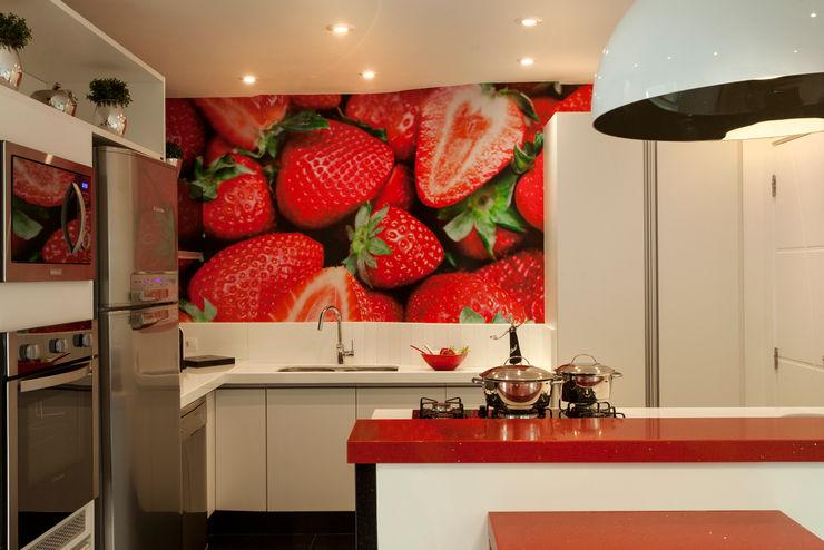 Designer de Interiores e Paisagista Iara Kílaris 現代廚房設計點子、靈感&圖片