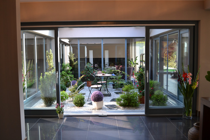 Autorskie Studio Projektu QUBATURA Modern balcony, veranda & terrace