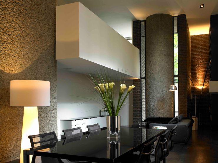 Apartment 60 Mackay + Partners Modern dining room