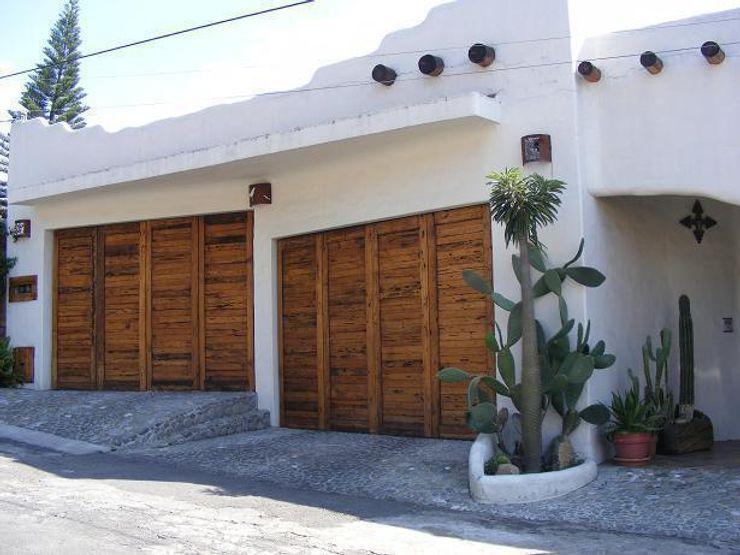 Cochera doble Cenquizqui Casas mediterráneas